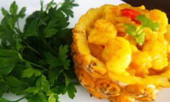 Anarosh Chingri / Sweet and Sour Pineapple Prawn