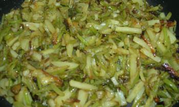 Lau er Khosha Bhaja/Fried Bottle Gourd Skin