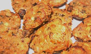 Chingri Bora / Prawn Fritter