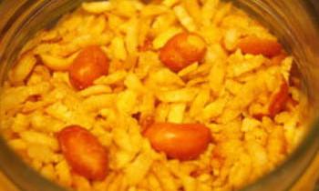 Chira Bhaja / Fry Flattened Rice