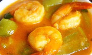 Ridge Gourd with Prawn / Jhinga Chingri