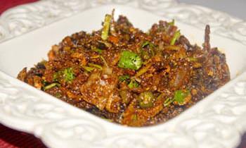 Chingri Shutki Bhorta/ Spicy Dry Prawn Mash